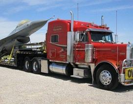 Lo cước vận tải đội giá do tăng thuế nhập khẩu xe đầu kéo