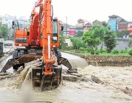 Phá đập tràn sông Sinh để xả lũ, cứu dân khẩn cấp
