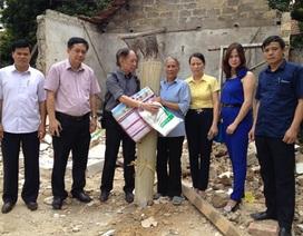 Bạn đọc báo Dân trí tiếp tục ủng hộ 150 suất quà tới đồng bào lũ lụt tại Quảng Ninh