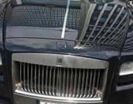 """Lô xe của Dũng """"mặt sắt"""" vẫn nằm ngoài bãi trông xe"""