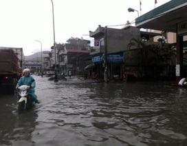 Mưa lớn kéo dài, Quảng Ninh yêu cầu di dân khỏi vùng nguy hiểm