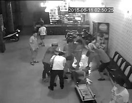 Yêu cầu khách dừng hát, chủ quán karaoke bị hành hung dã man