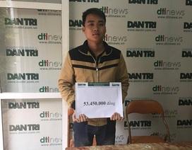 Trao hơn 53 triệu đồng đến anh Trịnh Văn Long