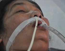 Thiếu 50 triệu, người phụ nữ đứng trước nguy cơ tử vong vì bệnh nhược cơ