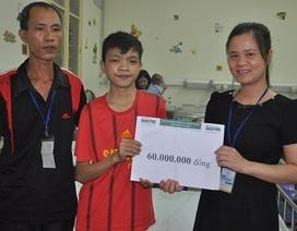 """60 triệu đồng """"hỏa tốc"""" đến với cậu bé 15 tuổi bị tim Hà Thanh Phú"""