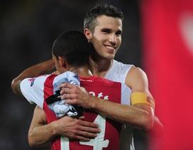 8 năm gắn bó của Robin Van Persie với Arsenal