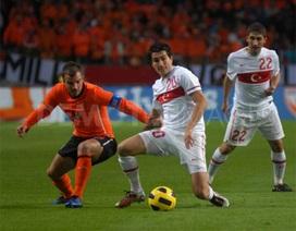Hà Lan - Thổ Nhĩ Kỳ: Thử thách đầu cho Van Gaal