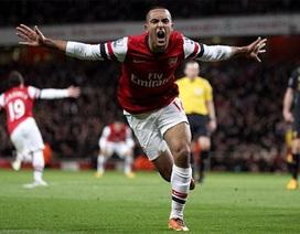 Arsenal bất phân thắng bại cùng Liverpool