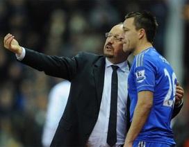 Benitez, Terry và Chelsea: Một mớ hỗn độn