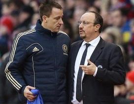John Terry xung đột mạnh với Benitez