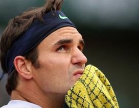 Federer thẳng tiến vào vòng 2