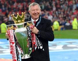 Alex Ferguson nhỏ lệ trong lễ đăng quang của MU