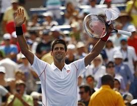 Vượt qua tay vợt đàn anh, Djokovic tiến vào vòng 3
