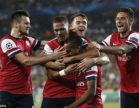 Thắng đậm Fenerbahce, Arsenal chạm tay vào vé đi tiếp