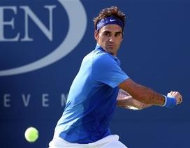Federer, Djokovic thắng nhàn trong trận ra quân