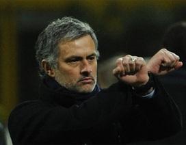 Các phát ngôn, hành động gây sốc của Mourinho