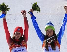"""Olympic Sochi 2014: Hai VĐV """"chia nhau"""" huy chương vàng"""