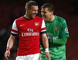 Arsenal ngược dòng thắng West Ham trên sân nhà