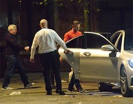 Mặc đồng đội tiệc tùng, Rooney thực hiện lối sống nghiêm túc