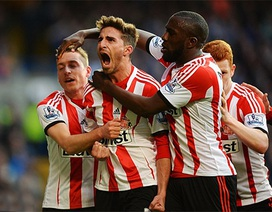 "Sunderland ""kéo sập"" Stamford Bridge"