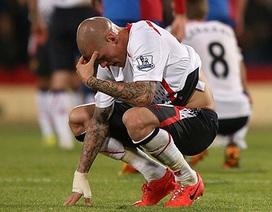 Thủng lưới 3 bàn trong 9 phút, Liverpool tan mộng vô địch
