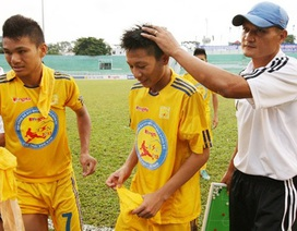 SL Nghệ An tìm được người thay HLV Hữu Thắng