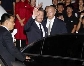 Becks lịch lãm chào người hâm mộ tại Hà Nội