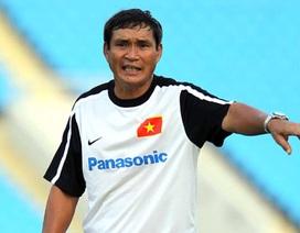 HLV Mai Đức Chung làm trưởng đoàn đội tuyển Việt Nam tại AFF Cup