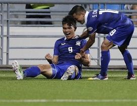 Thái Lan 3-2 Malaysia: Thầy trò HLV Kiatisak giành quyền vào bán kết
