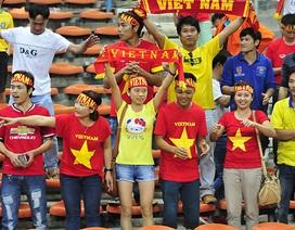 Cổ động viên nghẹn ngào chia tay các tuyển thủ U23 Việt Nam