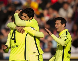 Messi-Suarez lập công, Barcelona đánh bại Granada