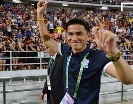HLV Kiatisuk vui vì cùng bảng với đội tuyển Việt Nam