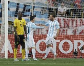 Higuain lập công, Argentina giành ngôi nhất bảng B