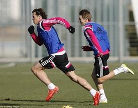 Odegaard thể hiện tốc độ không kém Bale ở buổi tập đầu tiên