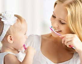 Thời điểm nên bắt đầu chải răng cho bé