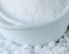 Tại sao bạn nên ăn ít muối?