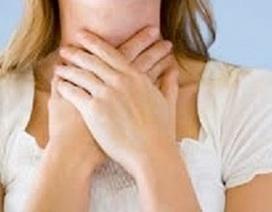 Lý do khiến bạn bị đau họng vào buổi sáng