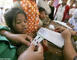 Hàng trăm người Campuchia nhiễm HIV do kim tiêm bẩn