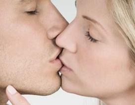 Tại sao con người không thể ngừng hôn nhau?