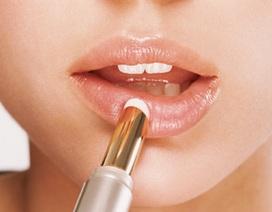 Sáp môi, son bóng làm tăng nguy cơ ung thư