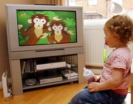 """Hậu quả khôn lường khi trẻ """"nghiện"""" ti vi"""