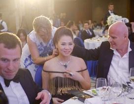 Thu Minh được ông xã tặng vòng cổ ngọc trai 20.000USD