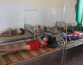 16 học sinh bị sốt cùng nhập viện