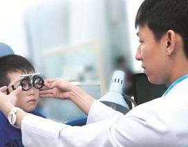 Con tôi có bị cận thị?