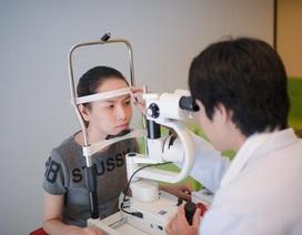 Điều trị tật lé mắt ở trẻ nhỏ