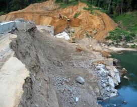 """Tiếp tục xây dựng thủy điện """"bị xe ben húc đổ"""""""