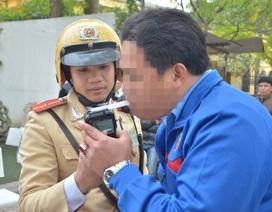 """Hà Nội: 30 ngày xử phạt gần 700 tài xế """"ma men"""""""