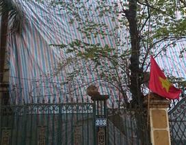 Hà Nội: Sập tường nhà, 2 người trọng thương
