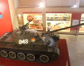 """""""Gặp lại"""" chiếc xe tăng chở người cắm cờ giải phóng trên Dinh Độc lập"""