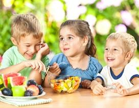 Giúp trẻ ăn vặt lành mạnh